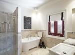 claridges bathroom (1)